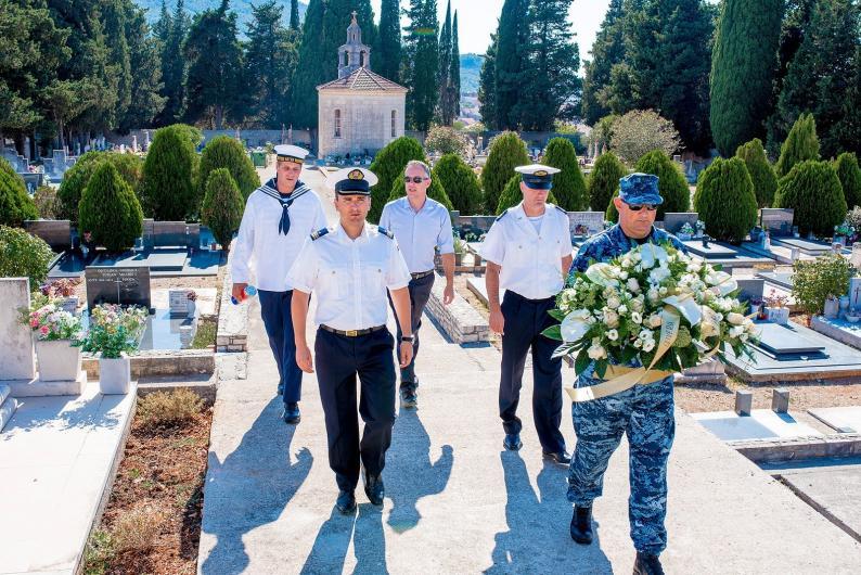 Posada Hrvatske ratne mornarice posjetila Oliverovu posljednju luku